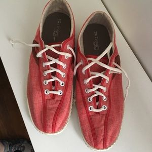 Tretorn Red Women's sz 8.5 ORTHOLITE TENNIS SHOE